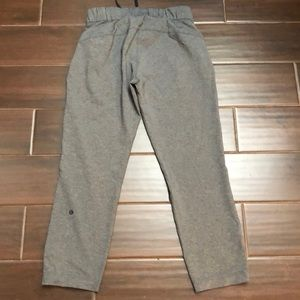 lululemon athletica Pants - Lululemon loose fit athletic cropped pants sz 4